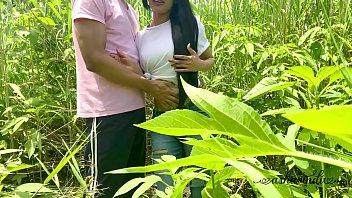 Опытный муж смотрит как его жёнушку имеет охальник
